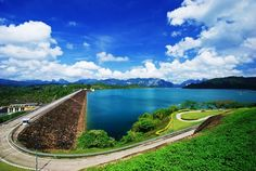 Interior perspective of reservoir Ratchaprabha Dam (Cheow Lan Dam) whether you look to see where I of mountain soil and limestone mountain strange sh...