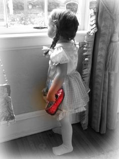 Oh wow this reminds me of my Kimberly with the ruby slippers I made her when she was this age. Sweet, love this one! Splash Photography, Color Photography, Black And White Photography, Vintage Photography, Precious Children, Beautiful Children, Color Splash, One Color, Color Pop