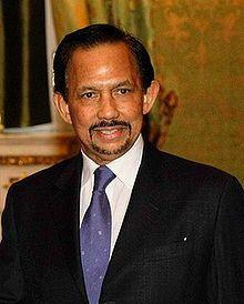 Le sultan Hassanal Bolkiah au Pentagone, le 6 décembre 2002. (Brunei)