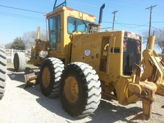 1987 Cat 140G Motor Grader for sale at B&R Equipment.  Call Milo for more details and pictures.   8173791340 http://www.brequipmentco.com #caterpillar #catgrader #cat #heavyequipment #constructionequipment #forsale #grader #140g #catequipment #heavyequipmentphotos