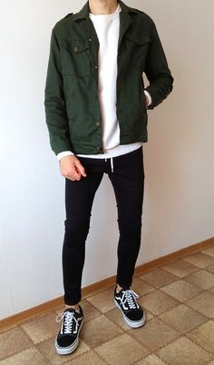 vans old skool black skinny jeans boys guys outfit Stylish Mens Outfits, Casual Outfits, Men Casual, Mode Streetwear, Streetwear Fashion, Boy Fashion, Mens Fashion, Fashion Outfits, Curvy Fashion