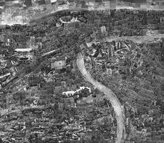 """21st century diorama : Sohei Nishino 2009 """"These spectacular series of photographed cites Paris, Tokyo & New York were cleverly collaged together to represent that today we are """"over-mapped"""". Nishino reinvests cities with wonder (and not incidentally cites 18th-century cartographer Inō Tadataka, who also did his surveys on foot, as an influence)."""""""