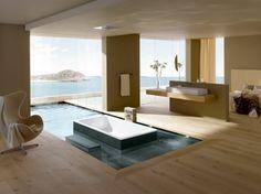 petite piscine hors sol, piscine qui unit l'extérieur et l'intérieur