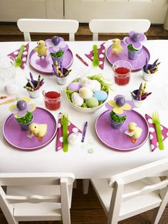 cute Easter kid table idea
