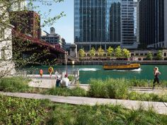 15 years in the making, the Chicago Riverwalk development has finally been completed.  Developed by Ross Barney Architects in collaboration with planning and design firm Sasaki, the public space project was designed and completed in three phases to provide a much-desired connection between the Windy City and its waterfront.