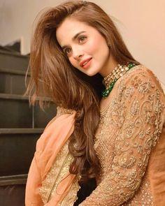 Latest Pakistani Dresses, Pakistani Bridal Dresses, Pakistani Dress Design, Bridal Lehenga Online, Girl Fashion, Fashion Outfits, Fashion Wear, Frocks For Girls, Cute Girl Face