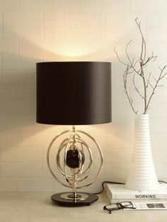 Maybe a beautiful table lamp is what you need to improve the decoration of the room! Get inspired by this idea. Luxury Table Lamps, Unique Table Lamps, Large Table Lamps, Table Lamps For Bedroom, Black Table Lamps, Contemporary Table Lamps, Bedside Table Lamps, Modern Table, Desk Lamp