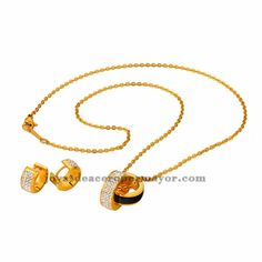gargantilla con dije de cristal con aretes en color dorado-SSNEG181344