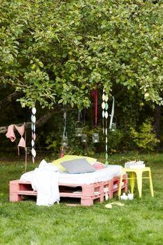 DIY: Lav din egen havebriks af europapaller   Femina