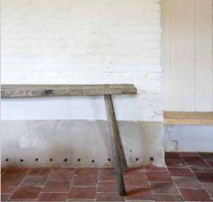 Vintage bench LC Les Campanules