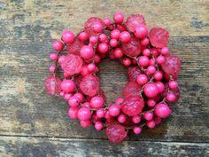 Rosie Rue: Versatile crocheted necklace / bracelet / by FleasKnees