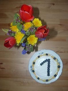 Recept na dort k 1. narozeninám – bez cukru, vajíček a piškotů :-)