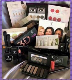 Current Younique presenter kit for $99! Wonderful gift for yourself, split it up as gifts, or start your business with this kit.   You decide.