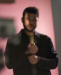 Don't want to miss out on seeing The Weeknd perform live on his Starboy Tour? Join The Weeknd Fan Group and Wish List to attend the concert on March The Weeknd Abel, The Weeknd 2017, The Weeknd Quotes, Retro Roller, Starboy The Weeknd, Baby Laden, Abel Makkonen, Halloween Kleidung, My Sun And Stars