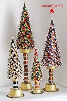 Festive crafts with Nespresso capsules Cone Christmas Trees, Handmade Christmas Tree, Miniature Christmas Trees, Christmas Tree Crafts, Christmas Crafts, Christmas Decorations, Holiday Tree, Xmas Ornaments, Holiday Decorating