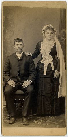 vintage bride and groom photo in the Kent Henderson collection