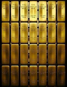 Wonderful Gold Tips And Strategies For gold bullion investing Gold Bullion Bars, Silver Bullion, Bullion Coins, Buy Gold And Silver, Gold Gold, Silver Investing, Gold Money, Gold Stock, Gold Rate