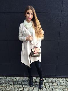 Płaszcz idealny SELFIEROOM; strój dnia! | M A D E L E I N E