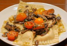 Food Hunter's Guide to Cuisine: Bacon Filled Ravioli with Mushroom & Fresh Tomato Sauce