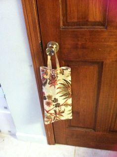 "Reusable gift bag ""moms swap"""
