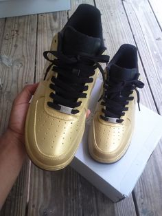 Image of Nike Air Force 1 Low (Black/Gold) Nike Air Force Ones, Nike Air Force Black, Air Force Shoes, New Nike Air Force, Nike Air Max, Black And Gold Sneakers, Black Gold, Nike Free Shoes, Nike Shoes