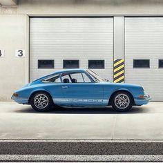 "PORSCHE 911 BACKDATE PROJECT - spiriteddrivemagazine: ""Porsche 911T #porsche..."