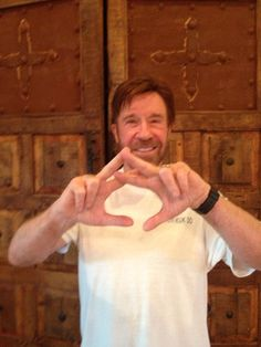 Chuck Norris loves Alpha Chi Omega...this. is. epic.