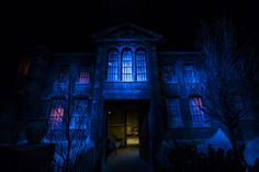 Halloween Horror Nights conducts market research every single year and always has ears open to the fan talk of what their favourite scenes and elements were etc. Description from coasterforce.com. I searched for this on bing.com/images