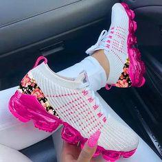 Floral Pattern Flying Knit Sneakers Sneakers Mode, Cute Sneakers, Knit Sneakers, Dress With Sneakers, Casual Sneakers, Cute Shoes, Sneakers Fashion, Casual Shoes, Fashion Shoes