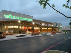 Whole Foods Market at the Vineyard in San Antonio, TX. http://slayarchitecture.com