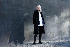 Black & white monochromatic streetstyle look - Berlin Fashion Week #mbfwb / noanoir.com
