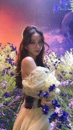 Blackpink Jisoo, Kpop Girl Groups, Korean Girl Groups, Kpop Girls, Kim Jennie, Lisa Park, Black Pink ジス, Blackpink Members, Idole