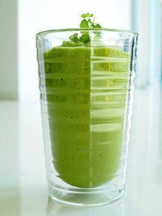 Smoothies and healthy soups Juice Smoothie, Smoothie Recipes, Smoothies, Raw Food Recipes, Diet Recipes, Vegetarian Recipes, Healthy Tips, Healthy Recipes, Lose Weight Quick