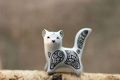 I will make this figurine to order. It will not be an exact copy - you can see a variety of figurines in the second photo (form, not color, from the example of foxes). But ... #gift #cat #kitty