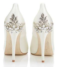 Gyönyörű cipő inspirációk esküvőre. A fotók forrását a képekre kattintva nézheted meg.