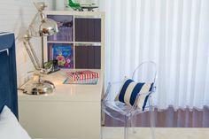 Quarto Jovem Guimarães - Azul : Quartos ecléticos por Ângela Pinheiro Home Design