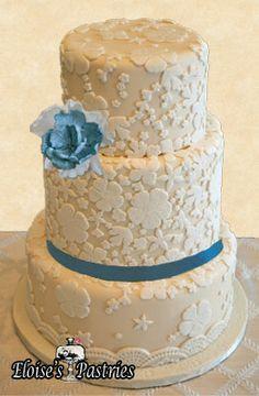 lace wedding cake with blue details , #eloisespastries, #laceweddingcakes
