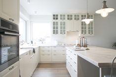 white NY style beautifull ikea bodbyn kitchen