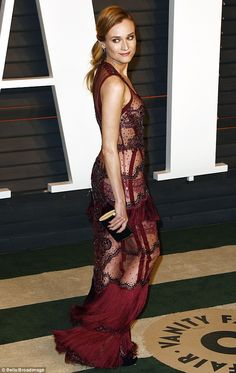 Diane Kruger in Reem Acra gown - 2016 Vanity Fair Oscar Party in Beverley Hills. (28 February 2016)