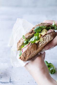 Æggesalat | Sandwich med æggesalat | Opskrift hjemmelavet æggesalat