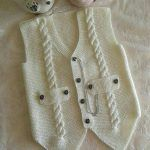 """diy_crafts- """"Knitting inspiration \""""would look great crocheted\"""", \""""Jenny Battiss Barnard\"""", \""""Unique and cute! Baby Knitting Patterns, Knitting For Kids, Crochet For Kids, Knitting Designs, Baby Patterns, Free Knitting, Crochet Baby, Knitted Baby, Knit Vest"""