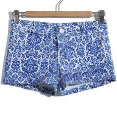 Blue Low Waist Porcelain Print Buttons Shorts US$24.59