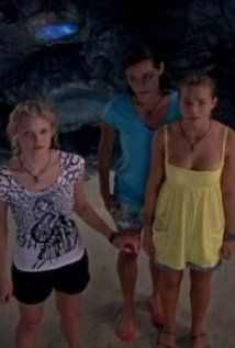 Just Add Water: is an Australian TV show about three female teenagers who accidentally turned into mermaids. A Jonathan Shiff Productions Cariba Heine, Moon Pool, Luke Mitchell, H2o Mermaids, Indiana Evans, Ordinary Girls, Phoebe Tonkin, Tv Episodes, Disney Channel