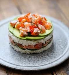 Sushi burger寿司バーガー - December 10 2018 at - Foods and Inspiration - Yummy Sweet Meals - Comfort Foods Recipe Ideas - And Kitchen Motivation - Delicious Cakes - Food Addiction Pictures - Decadent Lifestyle Choices Seafood Recipes, Cooking Recipes, Healthy Recipes, Oshi Sushi, Japan Sushi, My Favorite Food, Favorite Recipes, Sushi Burger, Sushi Cake