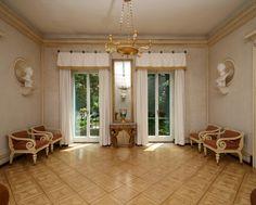 Schloss Glienicke http://www.spsg.de/fileadmin/_processed_/csm_Glienicke_innen_F0029704_1200x980_galerie_48b3075f56.jpg