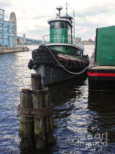 Philadelphia Tug Boat - Penns Landing