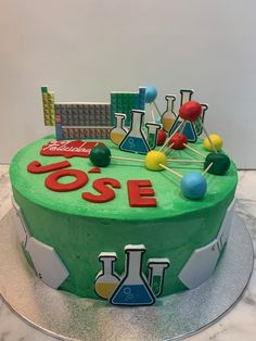 tarta quimica Birthday Cake, Cupcakes, Desserts, Food, Lolly Cake, Candy Stations, Themed Cakes, Tailgate Desserts, Cupcake Cakes