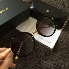 Computer glasses are designed to block harmful blue light and are recommended as a result of many studies Stylish Sunglasses, Cat Eye Sunglasses, Round Sunglasses, Sunglasses Women, Cute Glasses, Glasses Frames, Linda Farrow, Fashion Eye Glasses, Computer Glasses