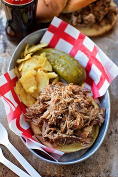 This crazy delicious pulled pork couldn't be easier to make! Season, braise, simmer and let your oven do the rest! Dutch Oven Recipes, Pork Recipes, Crockpot Recipes, Cooking Recipes, Healthy Recipes, Baker Recipes, Lunches And Dinners, Meals, Pork Brisket
