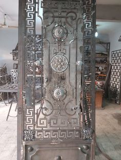 Grill Gate Design, Door Gate Design, Wrought Iron Doors, Front Entrances, Steel Doors, Projects To Try, Home Decor, Concrete Slab, Decoration Home